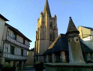 Donzenac, the medieval town